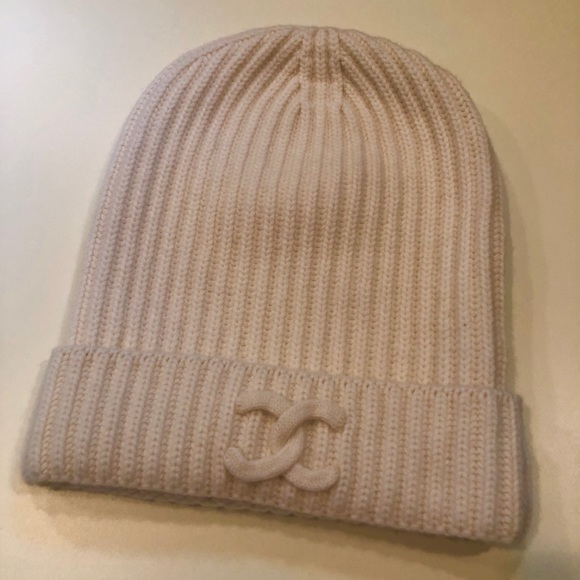 CHANEL Accessories - Chanel (Authentic) Cream Knit Hat. Size Large. 1bdc7a885a1